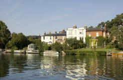 Przy Bourne Końcówka rzeczny Thames Zdjęcia Royalty Free
