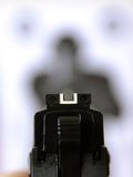 Przy celem dążący pistolet Obrazy Stock