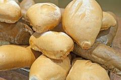 Przy hotelowym bufetem chlebowy pokaz Zdjęcia Stock