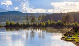 Przy jeziorem Zdjęcia Stock