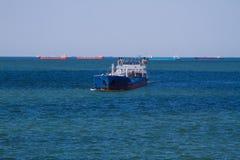 Przy morzem ładunku statek Obraz Stock