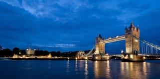 Przy noc basztowy Most Zdjęcie Royalty Free