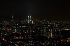 Przy Noc Panoramą Kuala Lumpur Pejzaż miejski zdjęcia stock