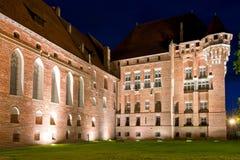 Przy noc średniowieczny kasztel Obraz Royalty Free