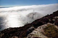 Przy Południe Stertą mgła bank zdjęcia stock