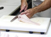 Przy rybim rynkiem świeży morszczuk zdjęcia royalty free