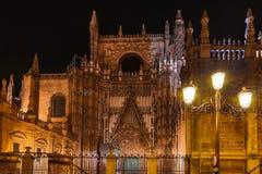 Przy Sevilla katedralny Los Angeles Giralda Hiszpania Obrazy Royalty Free