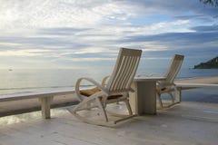 Przy tarasem TARGET754_0_ Krzesło, Wschód słońca zdjęcie royalty free
