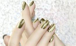 Przybija sztuka manicure obraz stock