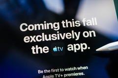 Przychodzący ten spadek na Apple TV Plus wyłącznie fotografia stock