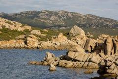 Przyciągający kształty wyspy Lavezzi na morzu Bonifacio, Południowy Corsica, Francja Zdjęcie Royalty Free