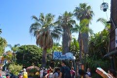 Przyciągania na Aventura parku w Barcelona, Hiszpania na Czerwu 29, 2016 Zdjęcia Stock