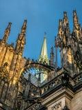 Przyczółki i pinakle St Vit katedra zdjęcie stock