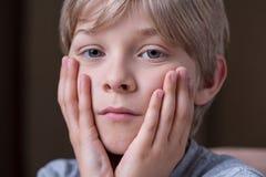 Przyczyna chłopiec smucenie Zdjęcia Stock
