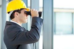 Przyglądająca architekt budowa Fotografia Stock