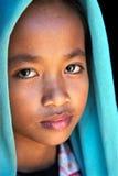 Przyglądająca Kambodżańska dziewczyna Obraz Stock