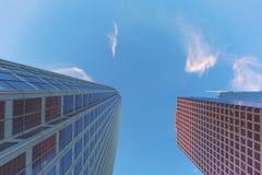 Przyglądający przy drapaczami chmur w losie angeles up Obraz Stock