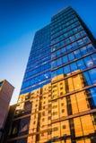 Przyglądający przy nowożytnym WSFS banka budynkiem w w centrum Wilmingt up Fotografia Royalty Free