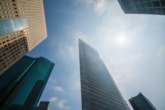 Przyglądający przy Tokio linią horyzontu Up Fotografia Stock