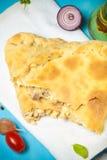 Przygotowana pizza z wytopionym serem stonowany Fotografia Royalty Free