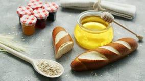 Przygotowania chleb i cukierki miód zbiory