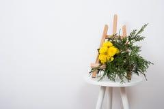 Przygotowania kwiaty i gałąź Fotografia Royalty Free