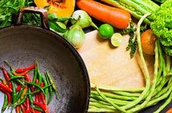 Przygotowanie azjatykci tradycyjny kucharstwo Zdjęcia Royalty Free