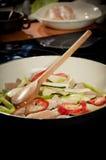 przygotowanie pokarmu szefa kuchni Fotografia Royalty Free