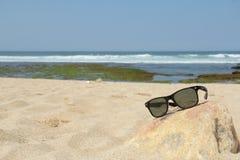 Przygotowanie sunbathing na plaży Obraz Royalty Free