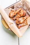 Przygotowany świeży kurczak w piekarniku obraz royalty free