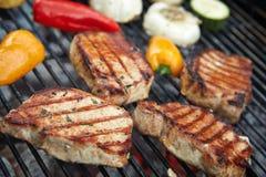 Przygotowany mięso na grillu obrazy royalty free