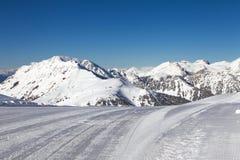 Przygotowany narciarski skłon Obrazy Stock