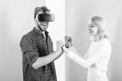 Przygotowywa ślubu tana Lubię sposób ty ruszasz się Znajdujący out dlaczego uczyć on tana Rzeczywistość wirtualna tana szkoła Męż obrazy stock