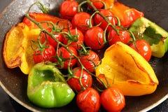 Przygotowywa pomidory i paprykę Obraz Stock