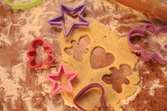 Przygotowywa smakowitych ciastka zarygluj składu pojęcia rodziny orzechy zdjęcia stock