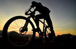 Przygotowywający jechać rower fotografia royalty free