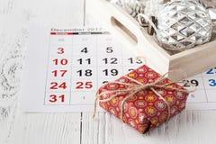 Przygotowywający nadchodzący boże narodzenia Kalendarz z ocenioną datą święto bożęgo narodzenia Zdjęcie Stock