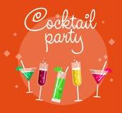 Przyjęcia koktajlowe lata plakat z alkoholem pije w szkłach na błękitnej tło wektoru ilustraci Zdjęcia Royalty Free