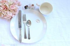 Przyjęcia weselnego elegancki obiadowy położenie Obrazy Royalty Free