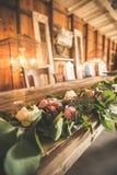 Przyjęcie weselne stół w stajni Zdjęcia Royalty Free