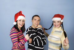 przyjaciele szczęśliwy kapeluszowy Santa Fotografia Stock
