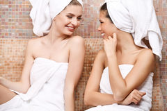 Przyjaciele w Tureckim sauna Zdjęcia Royalty Free