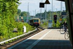 Przyjazdowy S-Bahn stacyjny Grunau berlin Zdjęcie Royalty Free
