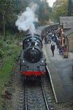 75078 przyjeżdżają przy Haworth stacją kolejową fotografia royalty free