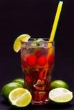 Przylądek Codder mieszał napój na czarnym tle Zdjęcie Stock
