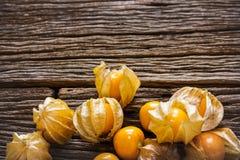 Przylądka agresta owoc słodka scena na drewno stołu tle Obrazy Stock