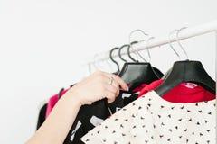 Przypadkowego stylu wizerunku modnego spojrzenia odzieżowy asortyment obraz royalty free