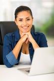 Przypadkowy kobieta laptop Obraz Stock