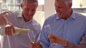 Przypadkowy partnerów biznesowych świętować zbiory