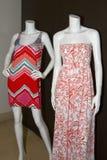 Przypadkowych kobiet Plażowa odzież na Mannequins Zdjęcia Stock